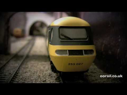 British Rail HST Class 43 Inter-City 125 by Hornby