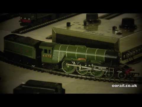Flying Scotsman with Glowing Firebox - OO Gauge Model Railway