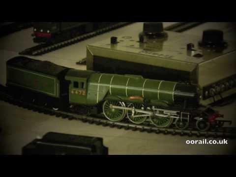 Flying Scotsman with Glowing Firebox - OO Gauge Model Railway