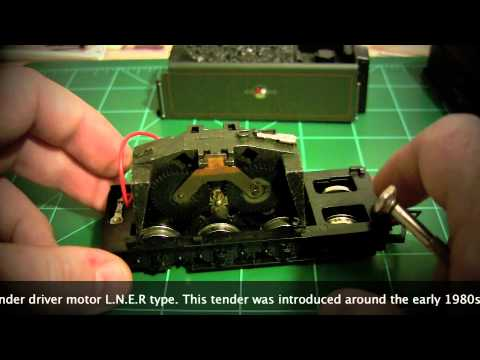 Hornby OO Gauge Steam Locomotive Tender Motor Removal Howto