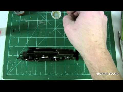 How to repair a slow moving steam locomotive - OO scale Model Railway